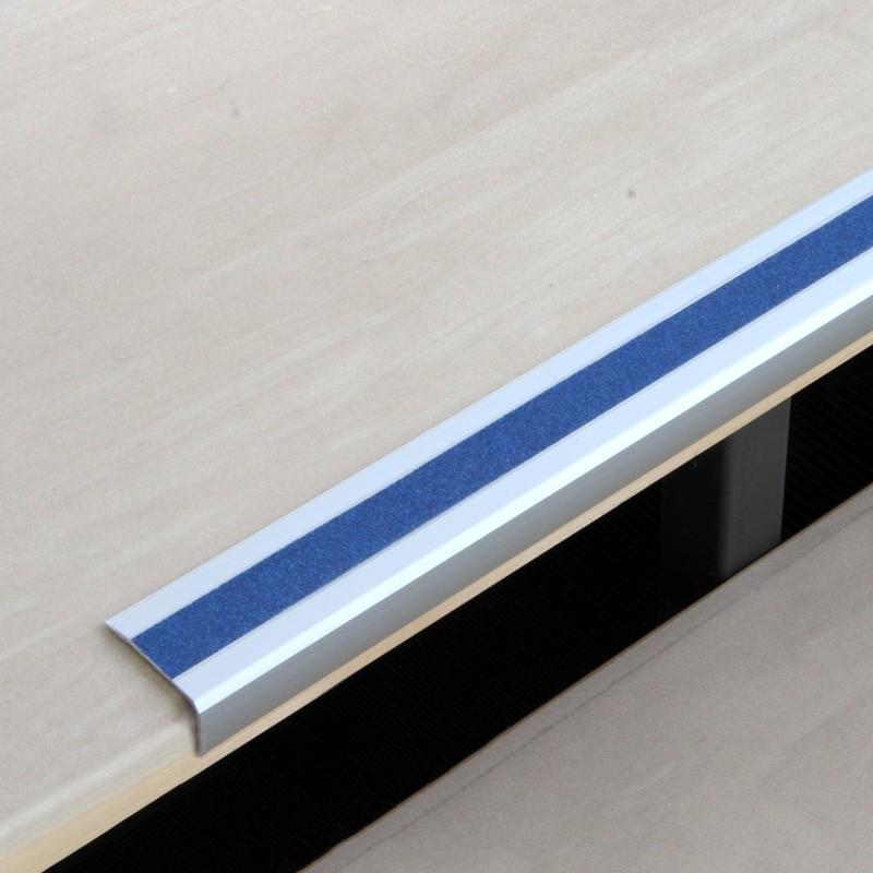 hliníkový protišmykový profil na hranu schodov modrý