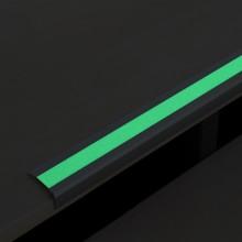 Protišmykový hliníkový profil na schody s protišmykovou p...
