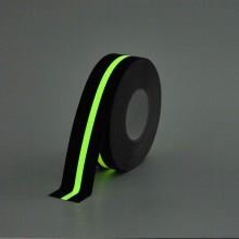 Protišmyková páska štandardné zrno s pásikom svietiacim v...
