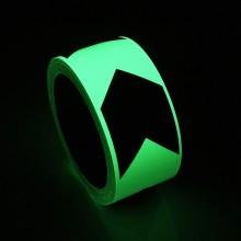 Orientačná páska svietiaca v tme so smerovou šípkou 50mm ...